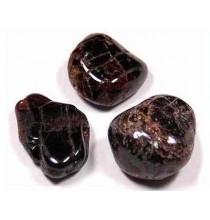 Granat (szlifowana bryłka)