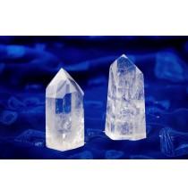 Kryształ górski - SZLIFOWANY stojący