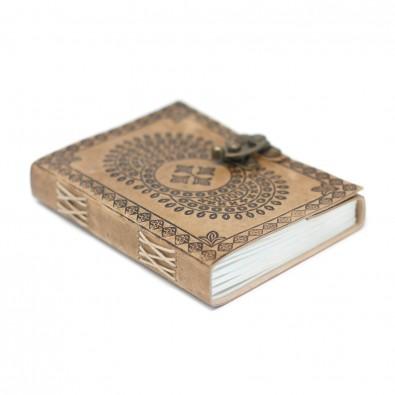 Skórzany Notatnik MANDALA (z klamrą) - ŚREDNI (13x18cm)